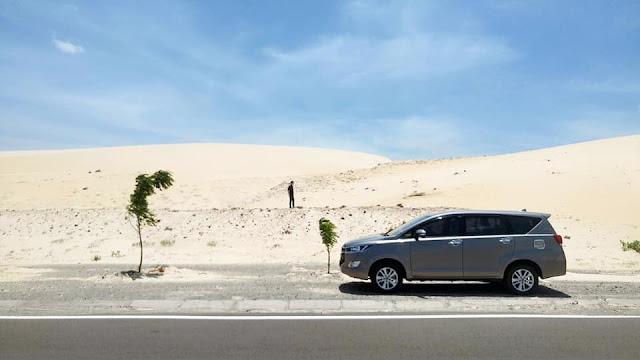 Cho thue xe du lich 7 cho Toyota Innova tai Sai Gon - Ho Chi Minh