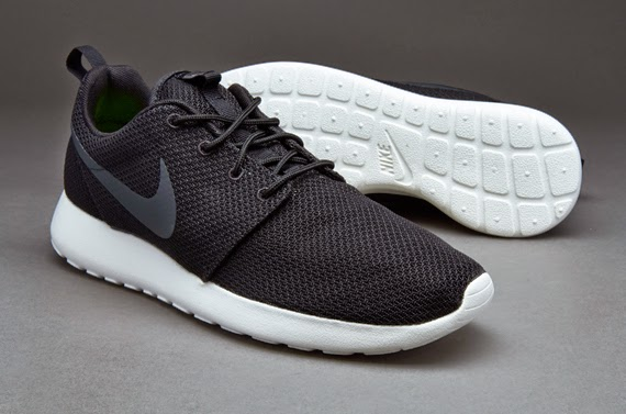 183b625c9d0d Mengenal Berbagai Seri Sepatu Nike Roshe Run ~ Aldrin Rachman Pradana