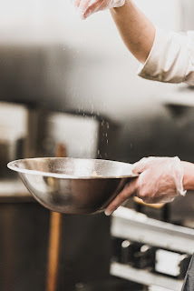 Bank Phrom flour bowl