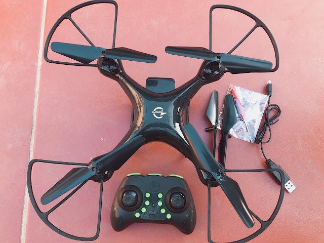 Máy bay điều  khiển từ xa droner 4 cánh