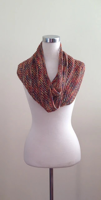 lacy, slip stitch, open weave knit shawl, free pattern.