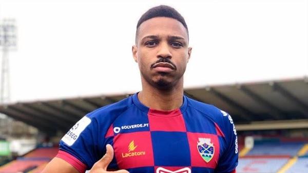 Oficial: Chaves, firma Vasco Fernandes