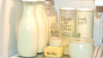 cara menyimpan susu di kulkas