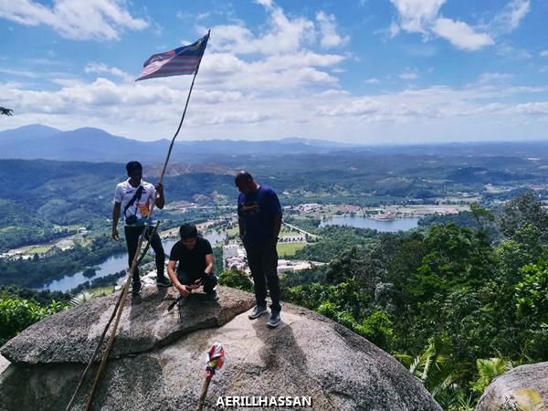 Aktiviti Paragliding di Bukit Batu Pahat,Kuala Lubu Bahru, Selangor
