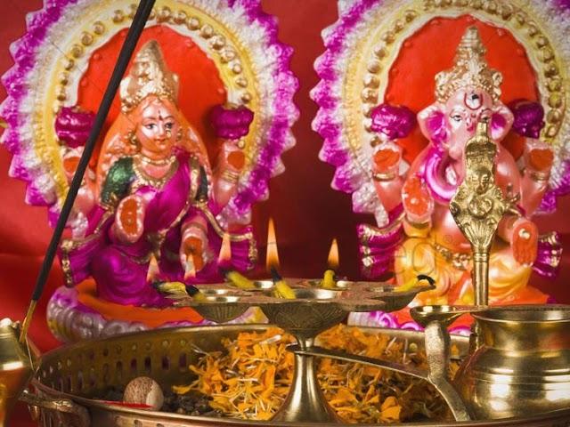 दिवाली पर लक्ष्मी-गणेश की कैसी मूर्ति घर पर लाएं, यहां पढ़ें