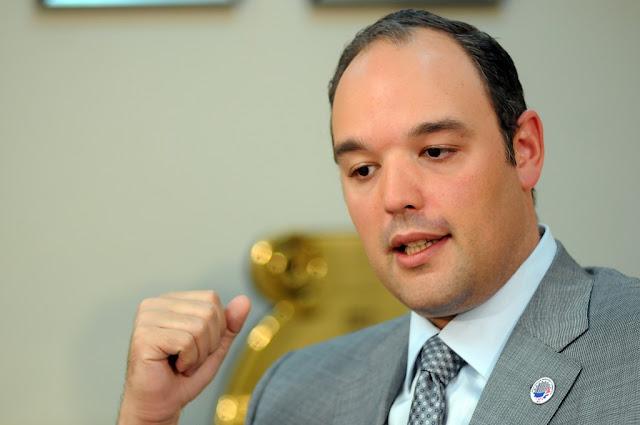"""Con la salida de José Del Castillo del """"INDOTEL"""" peligra la prensa negra en Barahona"""
