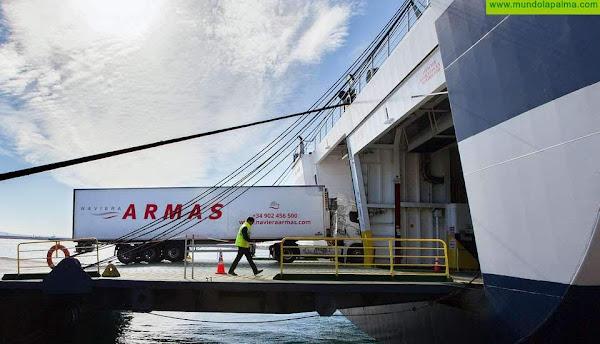 La Consejería de Obras Públicas, Transporte y Vivienda destina 2,3 millones de euros a subvencionar el transporte de mercancías entre islas y a rebajar los costes de la doble insularidad