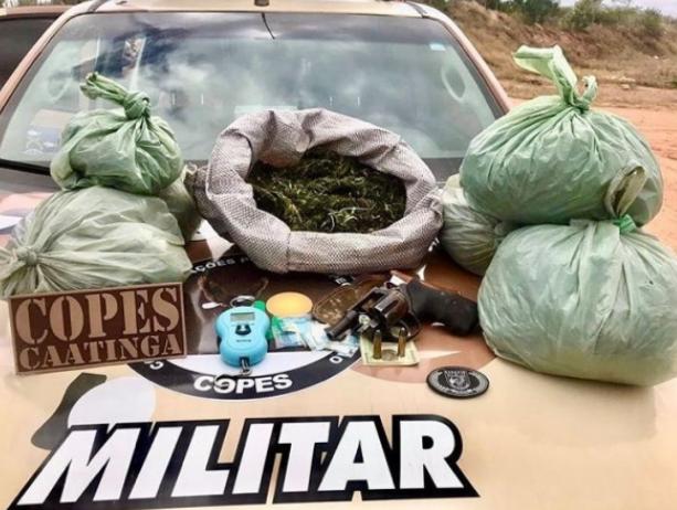 Em Mata Grande,  4,7 kg de drogas são apreendidos pela Copes