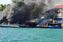 Empat Kapal Terbakar di Dermaga Bea Cukai Batam