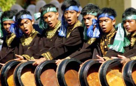 Tari Rapai Geleng, Tarian Tradisional Dari Aceh (Nanggroe Aceh Darussalam)