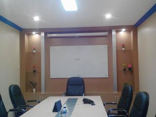 Meja Meeting di Jakarta - Mozaik Furniture
