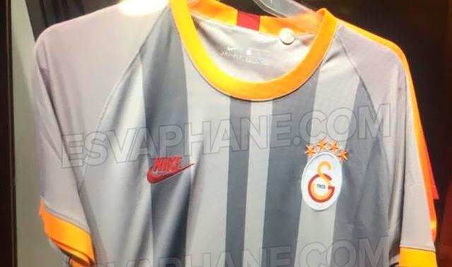 Galatasaray'a gri forma
