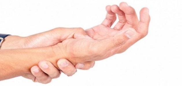 أعراض وأسباب التهاب الأعصاب وكيفية العلاج