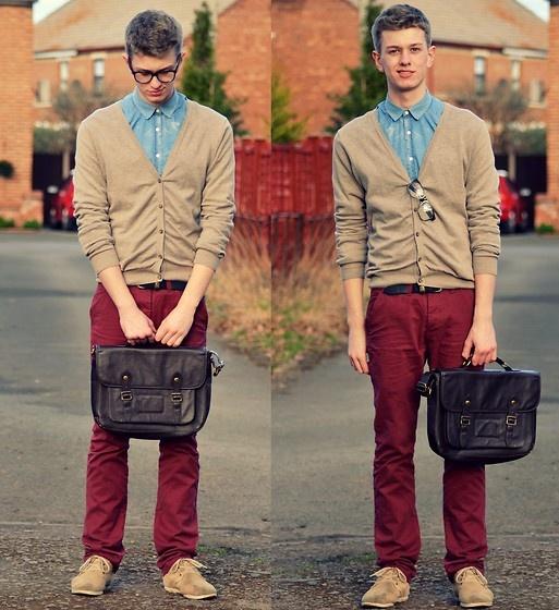 Look Masculino com Cardigan e camisa social