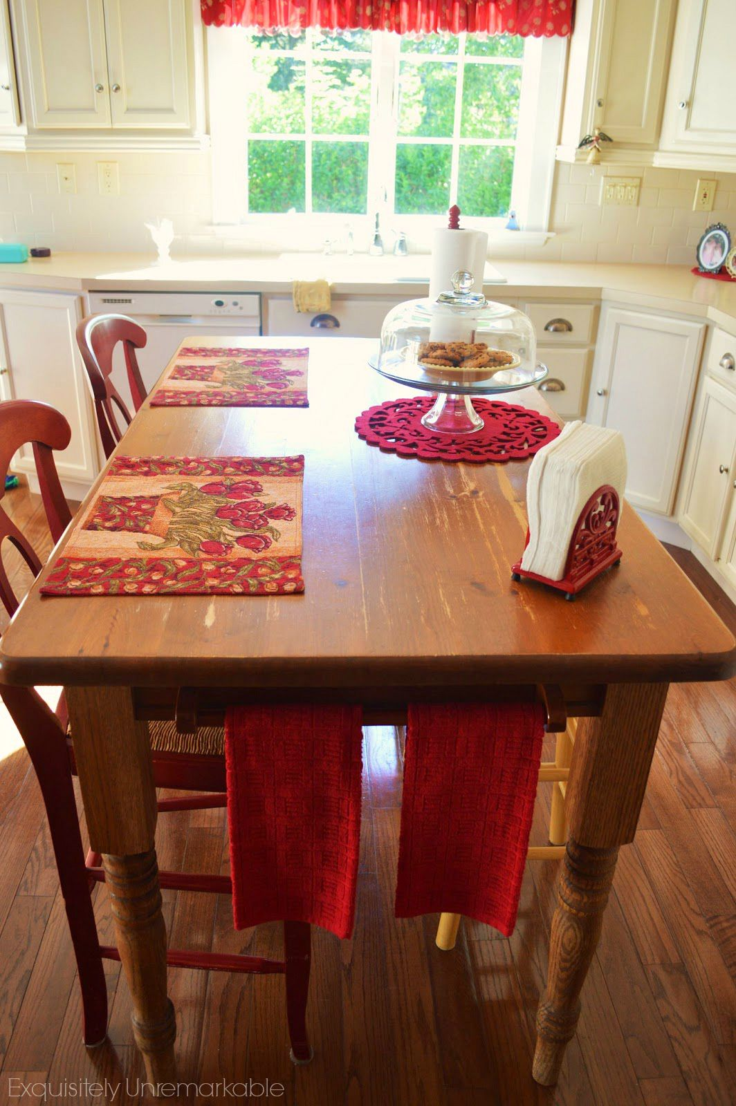 DIY Farmhouse Island Table