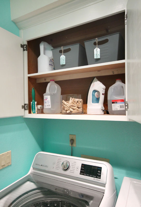 Many People Move Their Detergent Packs Or Even Liquid Detergents And Fabric  Softeners Into New Containers.