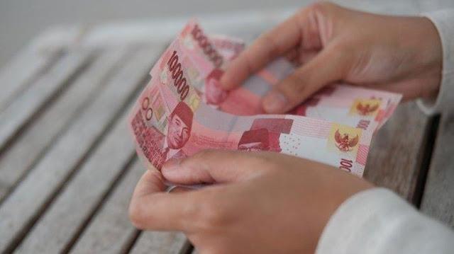 VIRAL Pria Ngaku Pakai Uang Kartu Prakerja untuk Pesan Cewek, Ramai Dihujat, 'Mantap Semalam Cair!'