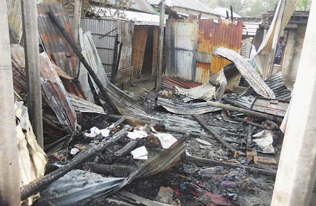 Hindu houses torched in Dinajpur ,Bangladesh