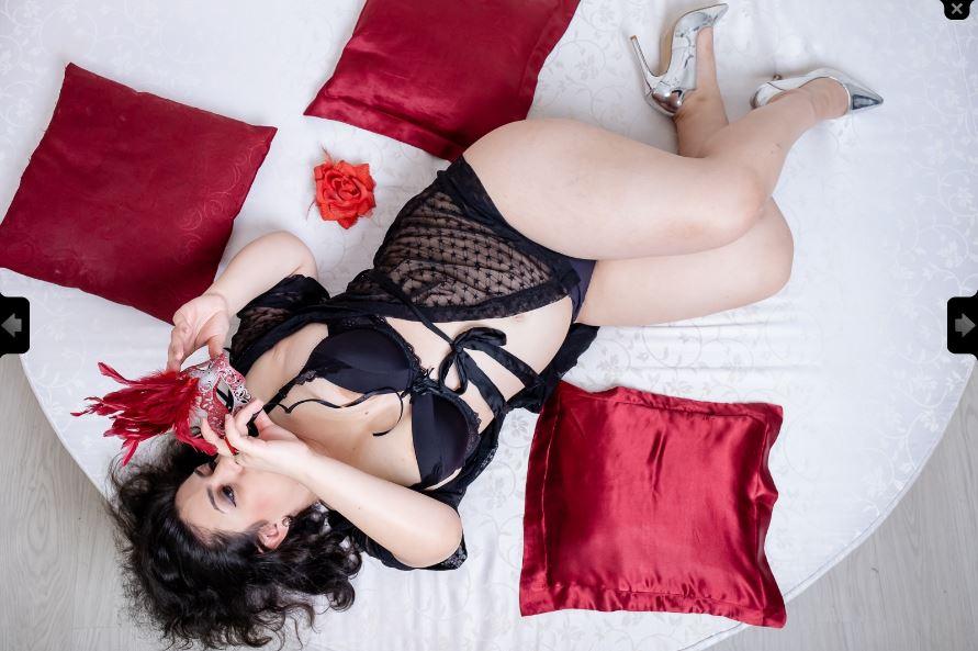 https://pvt.sexy/models/ih8z-rebeccamae/?click_hash=85d139ede911451.25793884&type=member