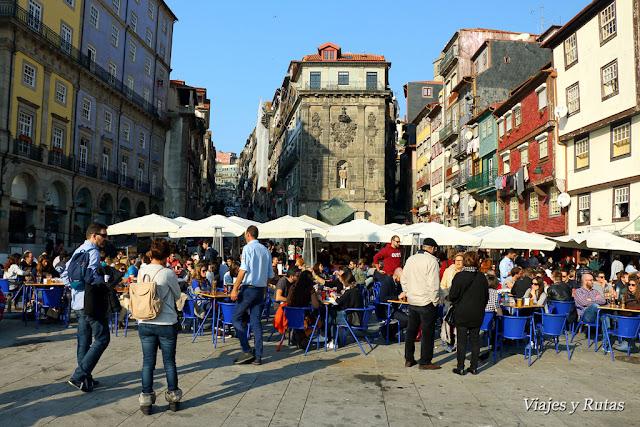 Plaza de la Ribeira, Oporto