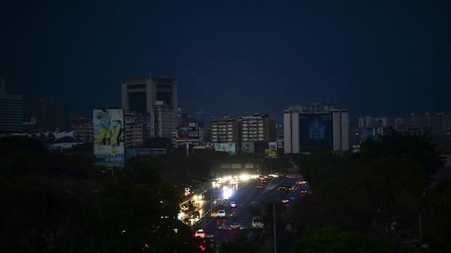"""Venezuela presentará una queja a la ONU por el """"sabotaje criminal"""" contra su sistema eléctrico"""