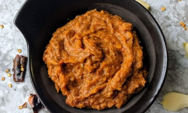 Tomato Garlic Chutney Recipe