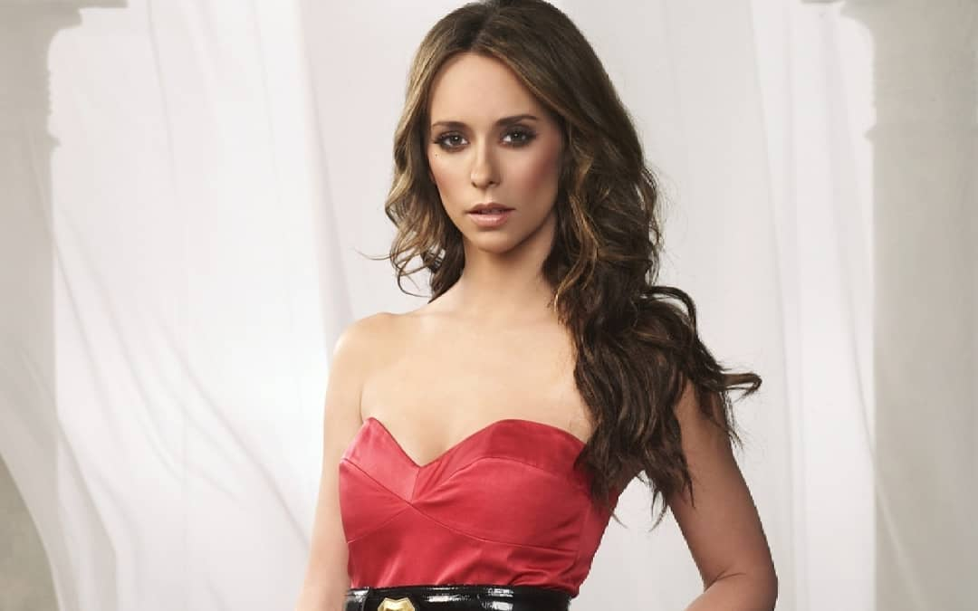 Jennifer Love Hewitt Hottest Photos