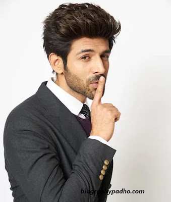 Kartik Aaryan Biography in Hindi