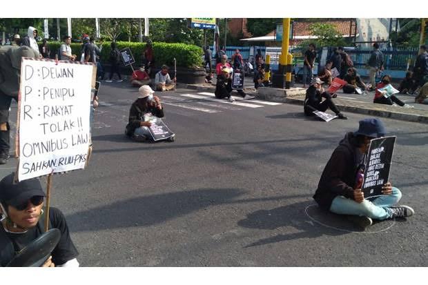 Aliansi Rakyat Yogya Tekad Melawan Jika Omnibus Law Disahkan