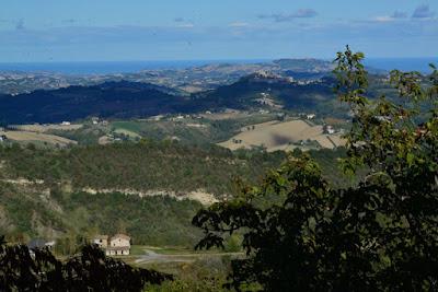 PANORAMA-DA-MONTEFALCONE-APPENNINO