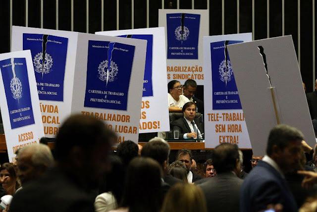 Reforma Trabalhista: Veja como votou cada deputado federal