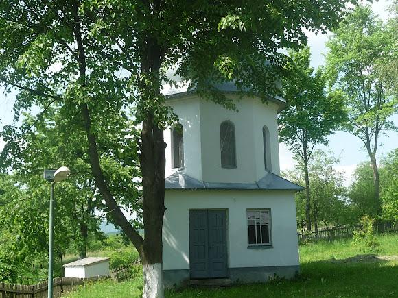 Тисів. Церква святого Миколая. 1995 р. УГКЦ