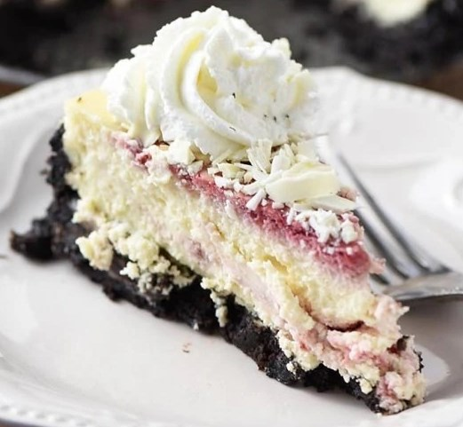 OLIVE GARDEN WHITE CHOCOLATE RASPBERRY CHEESECAKE #desserts #cake