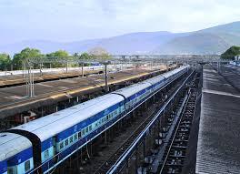 12वीं के बाद रेलवे में जाने के लिए क्या करे-रेलवे में नौकरी कैसे पाये
