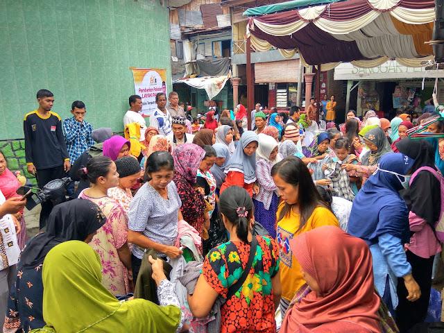 Berbondong-Bondong Warga dan Masyarakat Hadiri Baksos PKS Medan Maimun, Suasana Sudah Seperti Pajak !!