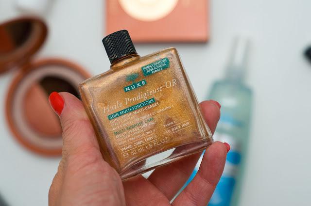 olejek z drobinkami złota marki nuxe