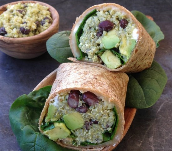 BLACK BEAN, FETA & AVOCADO QUINOA WRAP WITH AVOCADO-TAHINI DIP #vegetarian #lunch