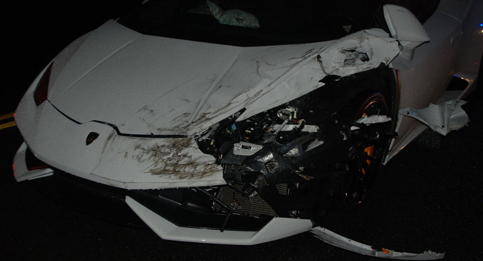 23 year old crashes rented lamborghini huracan in washington. Black Bedroom Furniture Sets. Home Design Ideas