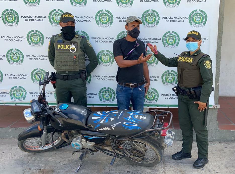 hoyennoticia.com, Recuperaron la moto que le habían robado en Maicao