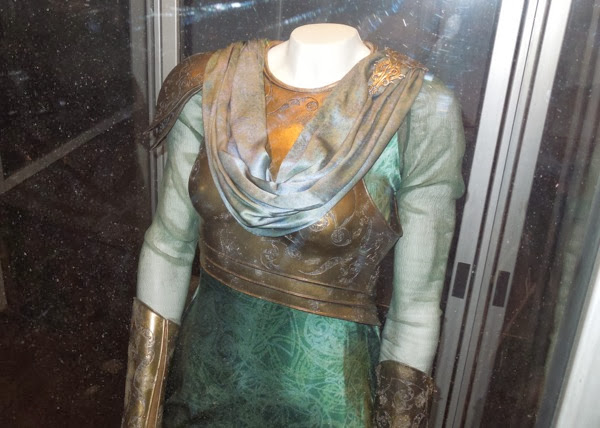 Thor Dark World Frigga costume detail