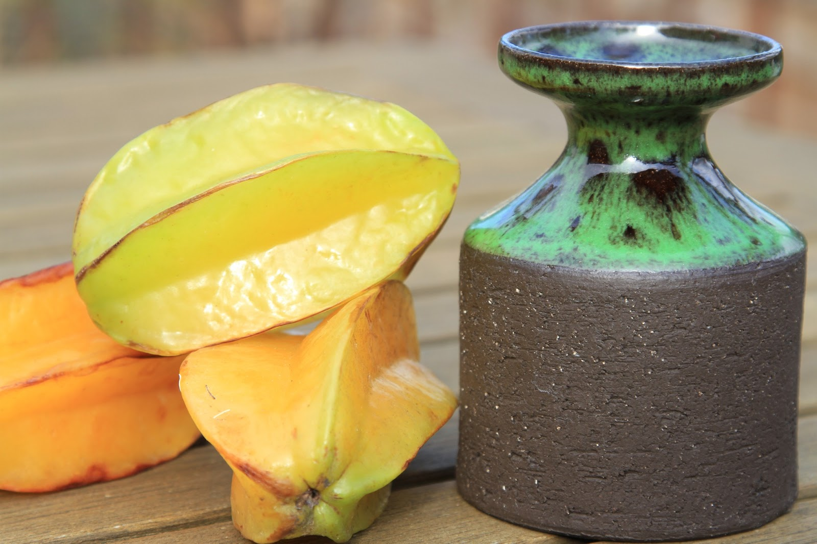 lehmann keramik TravelMarx: Lehmann Keramik Vase and Starfruit (Carambola) lehmann keramik