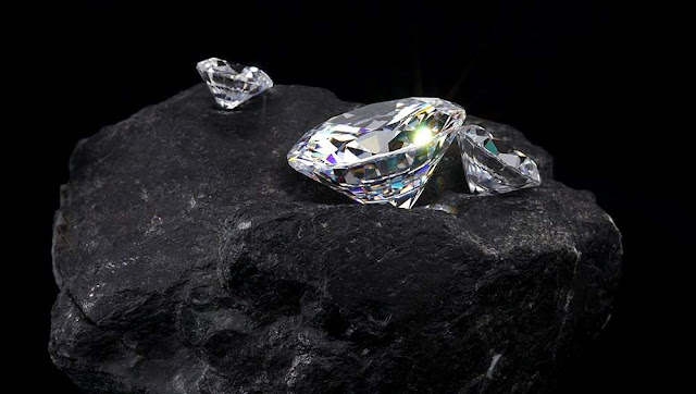 Scientists Turned Diamond Into Graphite for the First Time