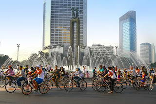 Catatan Tere Liye Tentang Car Free Day