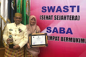 Bupati Bersama Ketua FKS Kabupaten Wajo , Terima Penghargaan Swasti  Saba Wistara