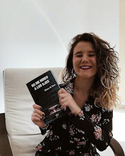 Entrevista a Elena de Toro, autora de 'No me mires a los ojos'