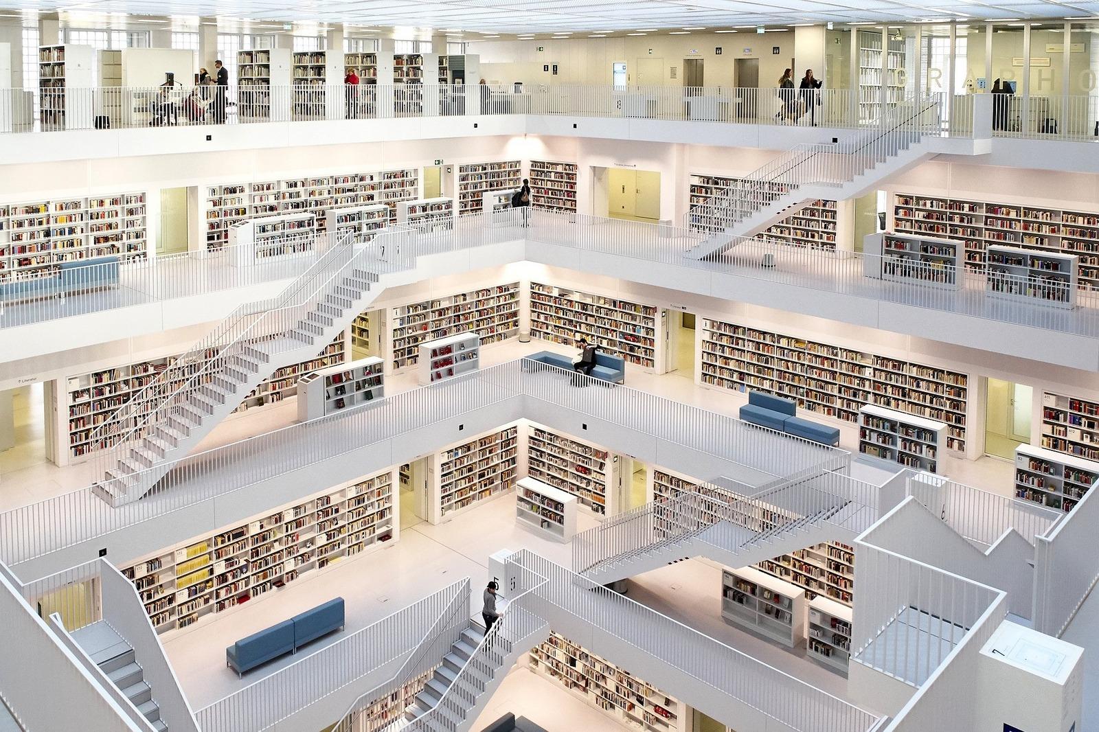 Biblioteka Miejska w Stuttgarcie -idealne miejsce dla wszystkich miłośników książek!