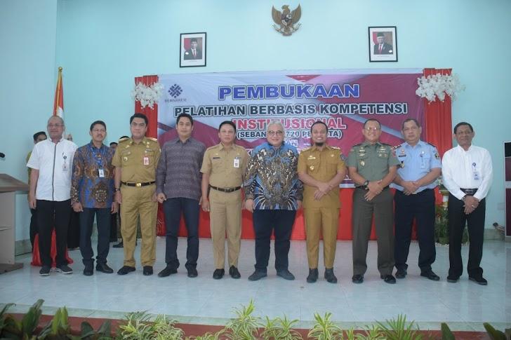 Kasdam Hasanuddin Hadiri Pembukaan Pelatihan Berbasis Kompetensi di BLK Makassar
