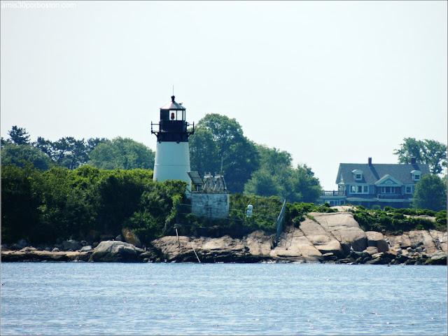 Ten Pound Island Lighthouse, Gloucester