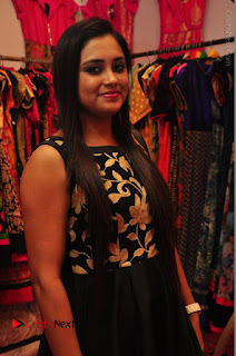 Bollywood Actress Sana Khan Launches Aakrithi Exibition  0081.JPG