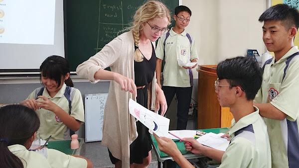 源泉社區關心在地子弟 挹注二水國中招生入學獎勵金
